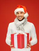 Przystojny mężczyzna w kapeluszu Boże Narodzenie — Zdjęcie stockowe