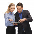 uomo e donna con tablet pc — Foto Stock #18726299