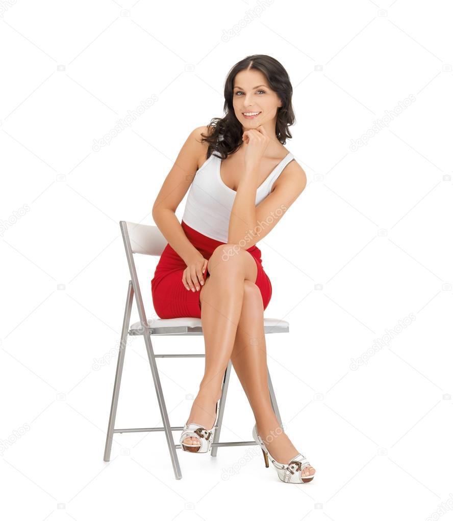 Фотографии сидящих женщин 8 фотография