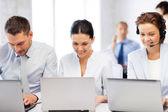 Groep van werken met laptops in office — Stockfoto