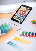 Woman working with color samples for selection — Стоковое фото