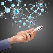 Donna con smartphone e contatti virtuali — Foto Stock