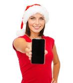 Femme en bonnet d'assistance avec smartphone — Photo