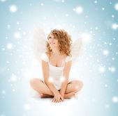 Mutlu genç melek kız — Stok fotoğraf