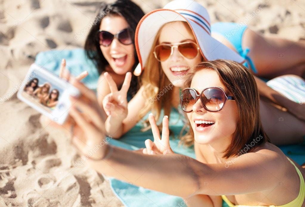 Подруга на пляже видео