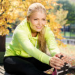Woman doing sports outdoors — Stock Photo