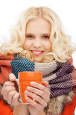 Teenage girl with tea or coffee mug — Stock Photo