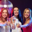 Three smiling women with champagne glasses — Φωτογραφία Αρχείου #34906073