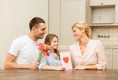Happy family celebrating mothers day — Zdjęcie stockowe
