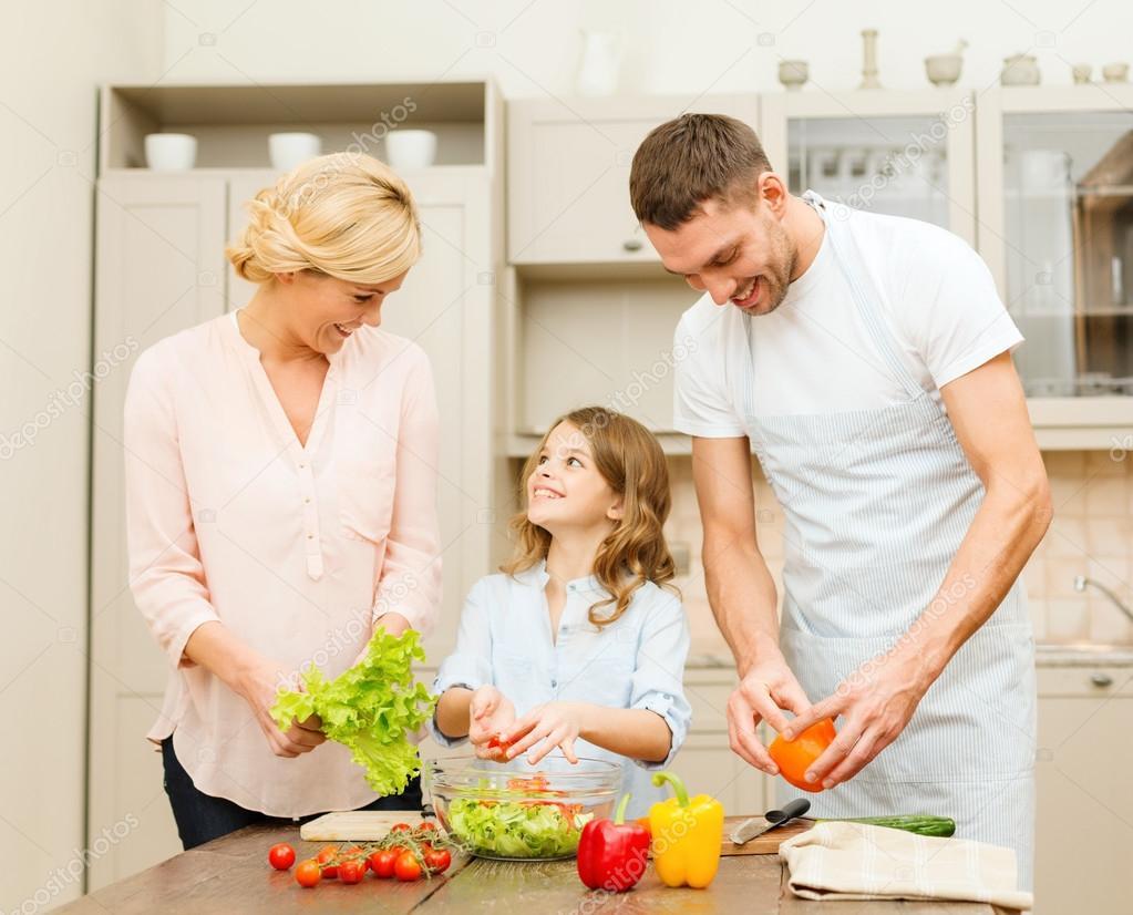 Приготовить ужин для мамы и папы