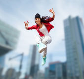 Beautiful dancing girl jumping — Stock Photo