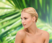 Face and shoulder of young woman — Stock Photo