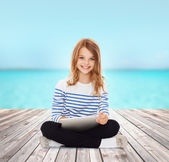 Student girl with tablet pc — Foto Stock