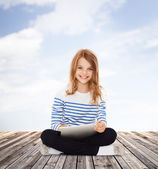 Student girl with tablet pc — Foto de Stock