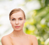 Face and shoulders of young woman — Stock Photo