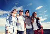 Group of teenagers outside — Foto de Stock