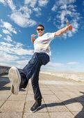 Mudanza de baile haciendo guapo — Foto de Stock