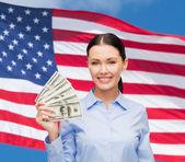 Kobieta z Dolar pieniądze — Zdjęcie stockowe