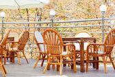 Cadeiras e mesas elegantes — Foto Stock