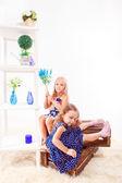 Attraktiva förskola flickor — Stockfoto