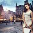 Foto Stock: Beautiful womwearing white dress