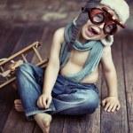 Small boy playing — Stock Photo