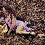 casal atraente vestindo roupas de moda — Foto Stock