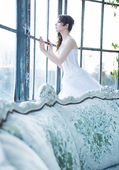 Missing bride looking for her husband — Stock Photo