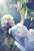 Gorgeous ypung lady with the flowery dress — ストック写真