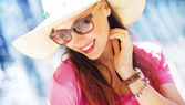 Gorgeous businesswoman on the vacation — Stock Photo