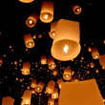 Floating lantern, Yi Peng Balloon Festival — Stock Photo
