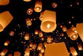 Schwimmende laterne, yi peng ballon festival — Stockfoto