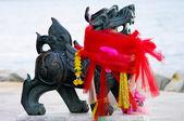 Escultura de leão com tela colorida — Foto Stock
