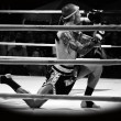 Unidentified fighter first performs the respect(Wai Khru Ram Muay) before fighing — Stockfoto