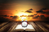 Time to reading book concept  — Stock Photo