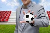 Unternehmer investieren in Fußball-Team, Fußball-Spiel-Konzept — Stockfoto