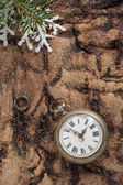 Christmas decoration with vintage clock — Стоковое фото