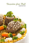 Chicken liver pate in the form of a hedgehog — Stockfoto