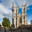 Front facade of Westminster Abbey on a sunny day. London, UK — Stock Photo