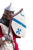 Rytíř v brnění, štít a meč — Stock fotografie