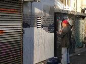 καλλιτέχνη ζωγραφική στον τοίχο — Φωτογραφία Αρχείου