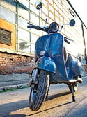 Budapest, HUNGARY - JULY 09: Old Vespa scooter parked in a stree — Stock Photo