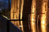 Fontaine de nuit, éclairée de l'atmosphère — Photo