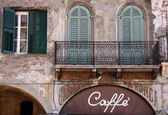 Old cafe on Piazza delle Erbe in Verona — Stock Photo
