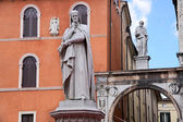 Piazza dei Signori, with the Monument of Dante in Verona — Stock Photo