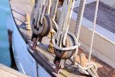 Ropes of old sailing boat — Stock Photo