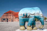 Colourful elephant in Copenhagen — Stock Photo