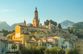 Chiesa e la città vecchia di Mentone — Foto Stock