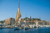 Harbor and old town of Cannes — Stock Photo