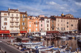 Harbor and old town of Saint Tropez — Stockfoto